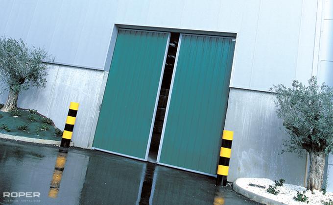 Porte Coulissante Industrielle 1